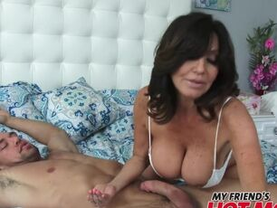 Latina milf tube