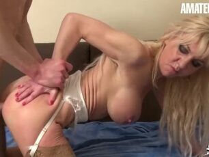 Fucking my hot stepmom